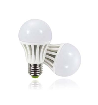 LED žarulja E27 8W, A60, 6000K
